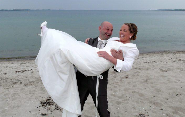 Hochzeitsfoto Brautpaar Meer
