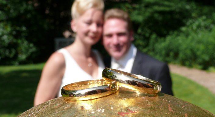Hochzeitsfoto Eheringe Gold